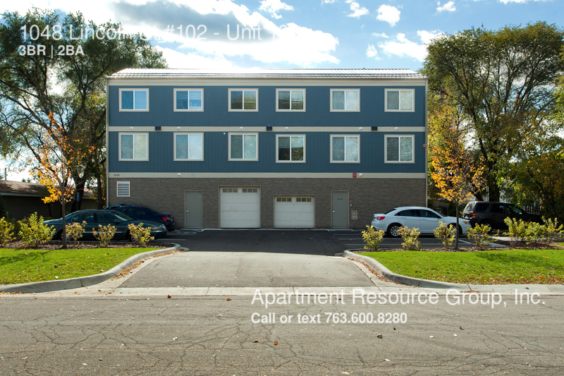 Apartment for Rent in Anoka