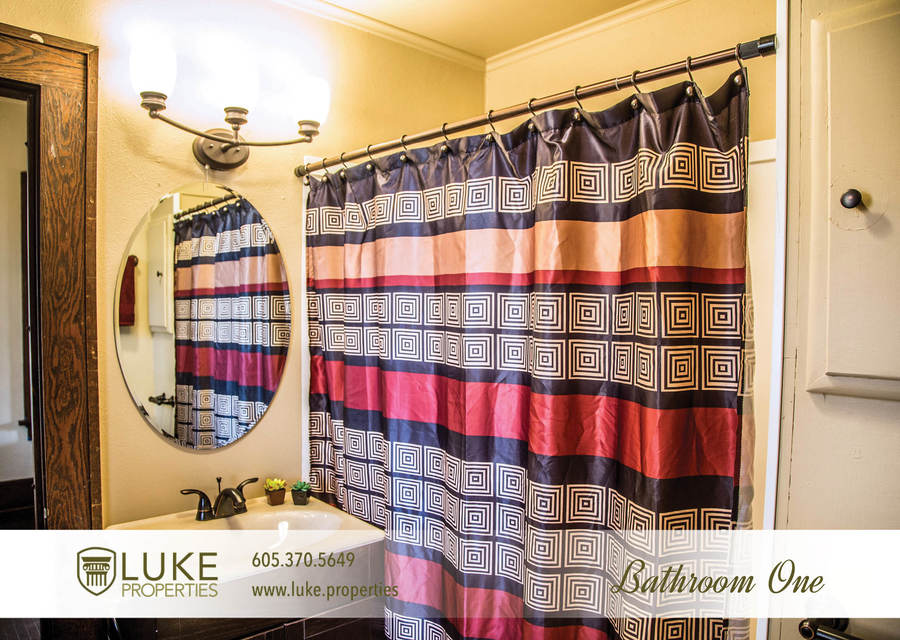 Luke properties 801 s main ave sioux falls sd 57104 house for rent bathroom one