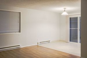 Two Bedroom Duplex! - Oregon apartments for rent - backpage.com
