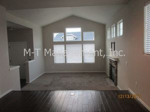Nearly new, open and airy 3 br/2.5 bath house in Eagle Ridge - Spokane / Coeur d'Alene apartments for rent - backpage.com