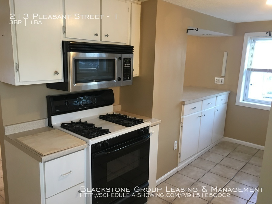 Townhouse for Rent in Pawtucket