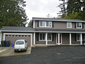 HUGE, newer East Campus 5 bed/3.5 bath house with double car garage - available now! - Oregon apartments for rent - backpage.com