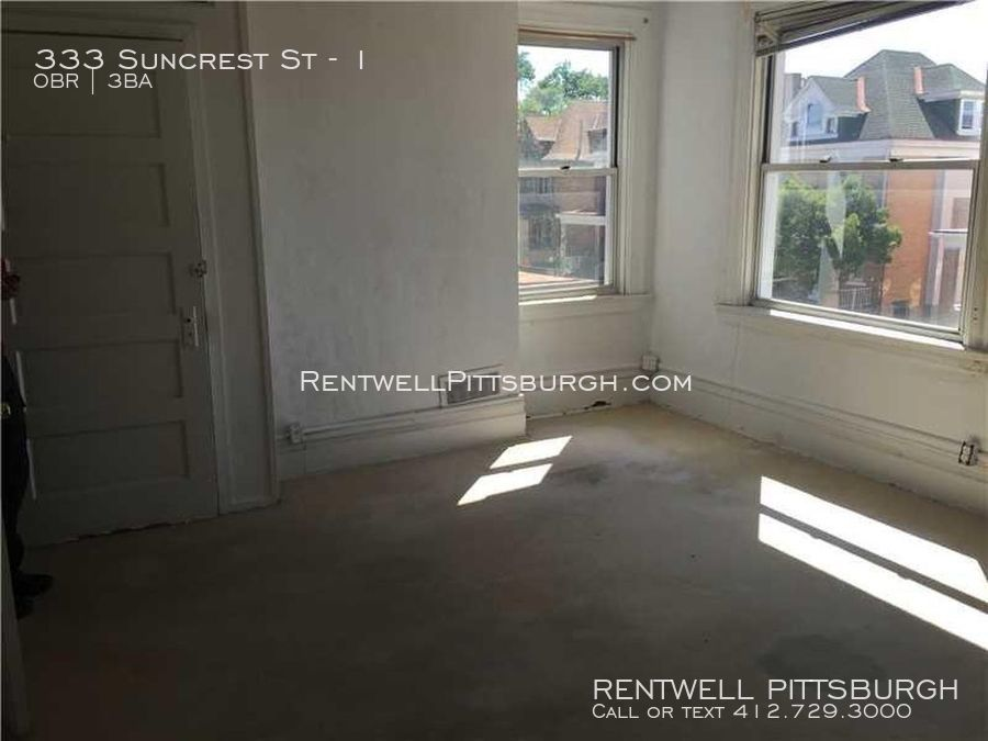 333 Suncrest St Spacious Three bedroom in Mt Oliver