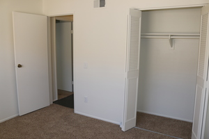 Spare_bedroom_1