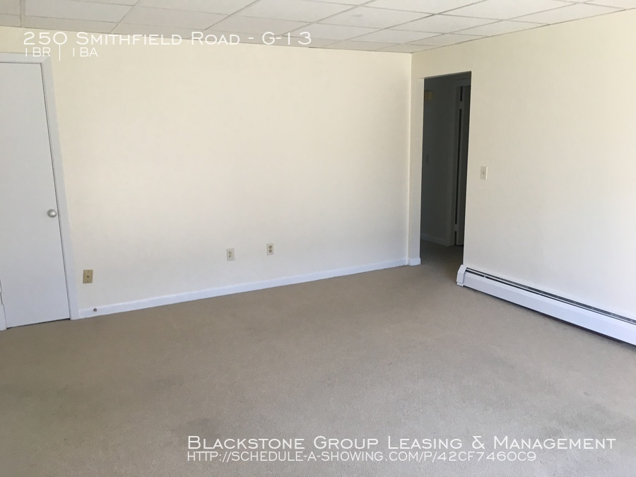 Apartment for Rent in East Providence