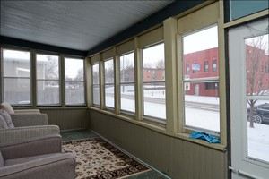 Available Now! 2 Bed 1 Bath Lower Level Unit within Walking Distance to Local Shops!! - Minneapolis / St. Paul apartments for rent - backpage.com