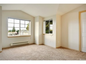3 Bedrooms, 3 Bathrooms at 92nd and - Seattle apartments for rent - backpage.com