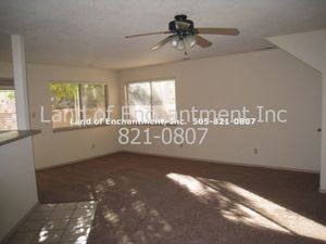 3 Br, 2.5 Ba., 1700 sf, kitchen appl., 2 CG. - New Mexico apartments for rent - backpage.com