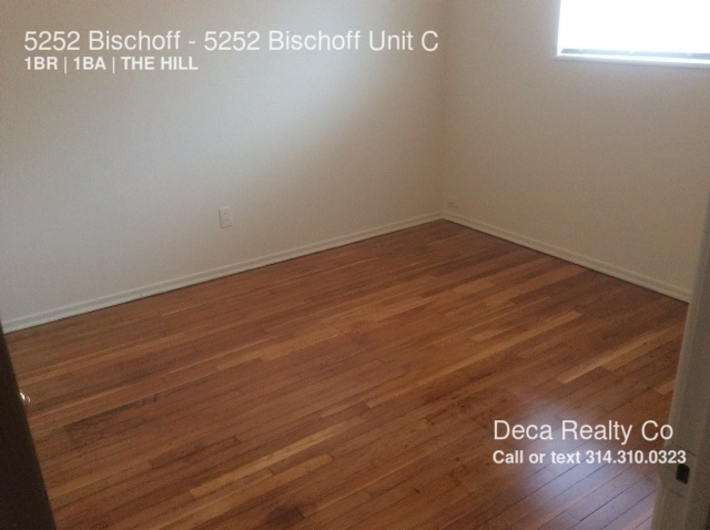 5252 Bischoff 1 Bedroom Apartment on the Hill!