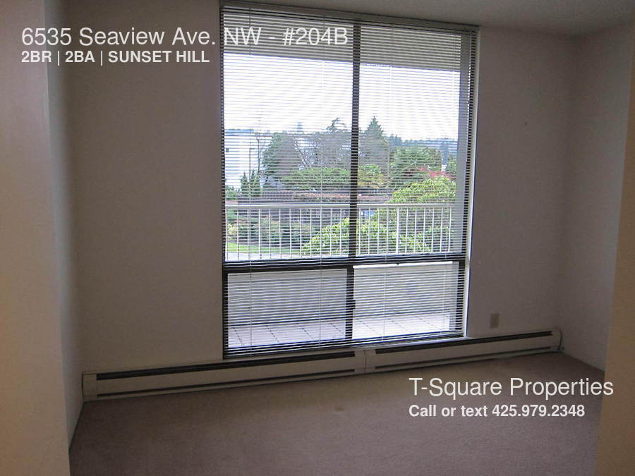6535 Seaview Ave. NW Available Now! CONDO WITH A VIEW! LOTS OF AMENITIES!