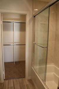 Second_bedroom_bath_2