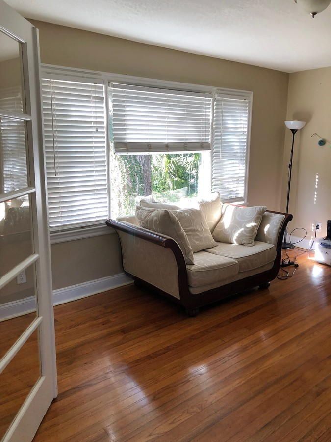 529_s_crystal_lake_dr_livingroom_-2