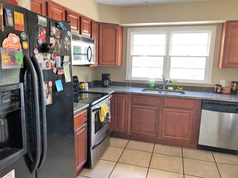 529_s_crystal_lake_dr_kitchen_-2