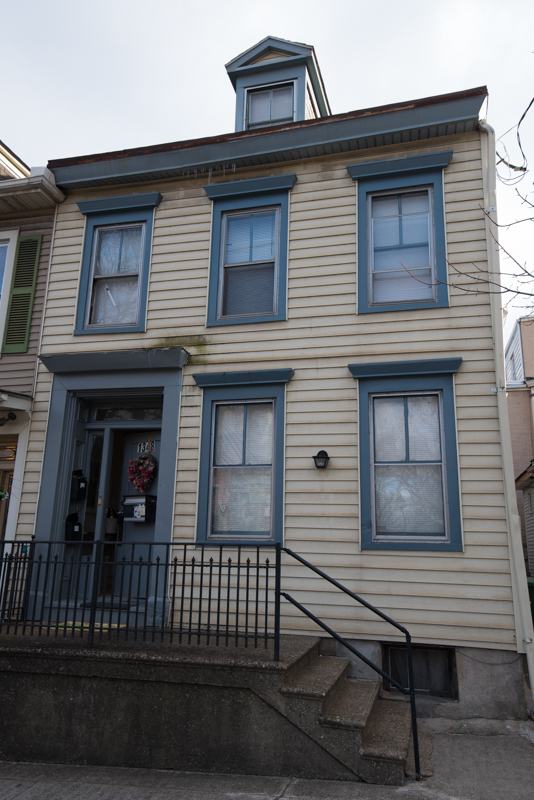 Two_bedroom_furnished_apartment_for_rent_in_easton_(1)