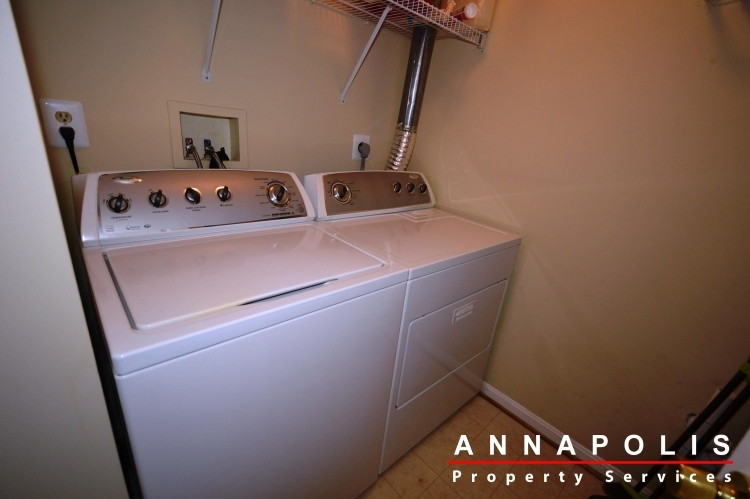 1978-scotts-crossing-104-id898-washer-and-dryer