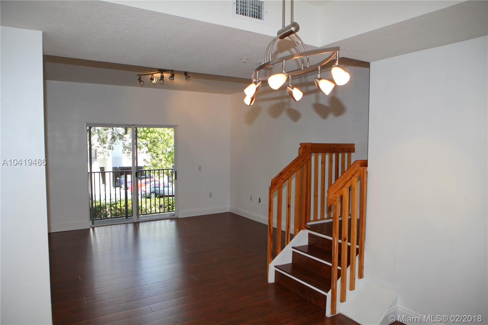 Townhouse for Rent in Miami