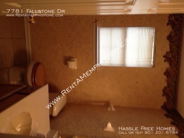 7781 fallstone   bath