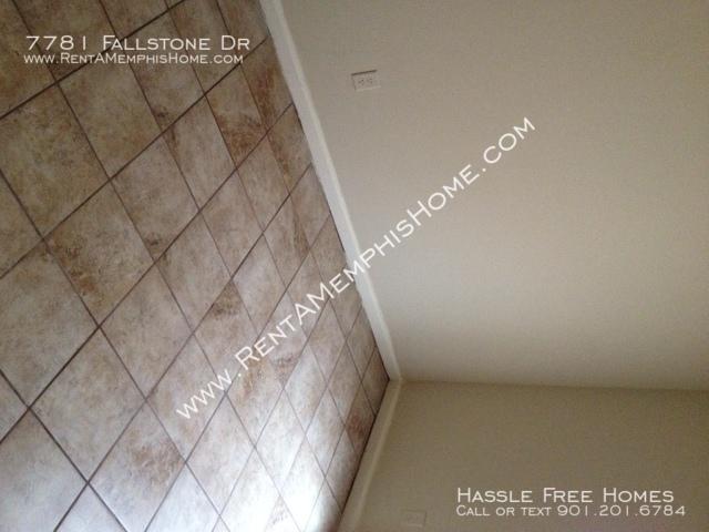 7781 fallstone   bedroom