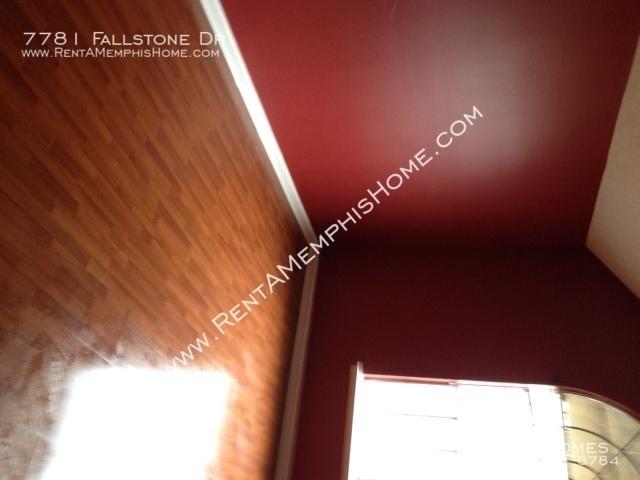 7781 fallstone   master bedroom
