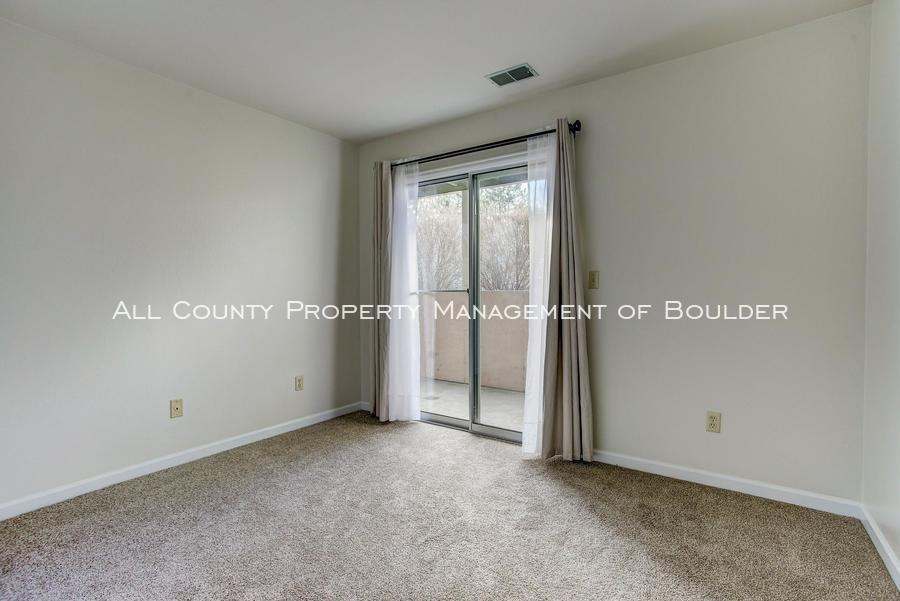 4676 white rock circle  2 bedroom01a