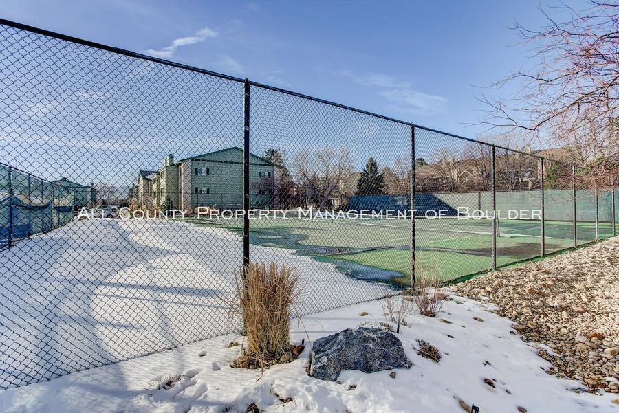 4676 white rock circle  2 tenniscourts