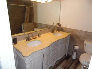 6bathroom
