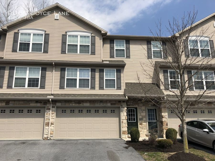 Townhouse for Rent in Hummelstown