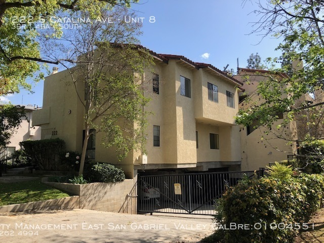 Apartment for Rent in Pasadena