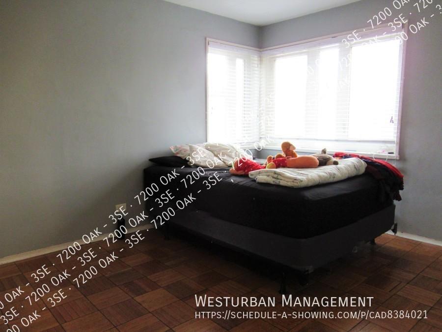 7200 oak bed 10