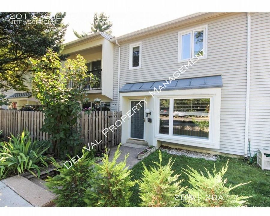 Townhouse for Rent in Newtown Square
