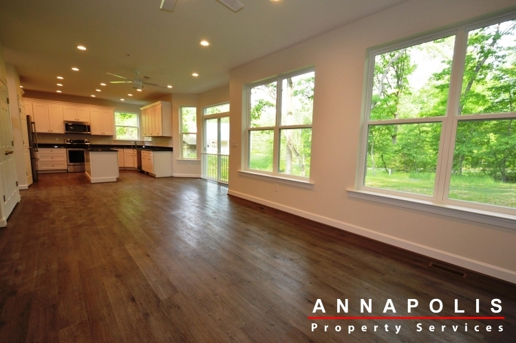 167-browns-woods-rd-id928-living-and-kitchen