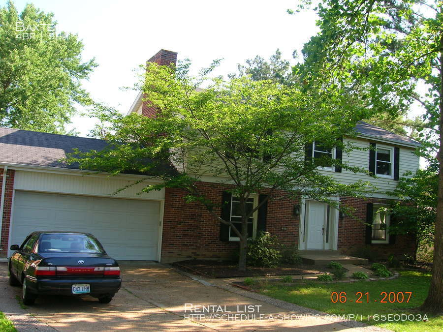 House for Rent in Ballwin