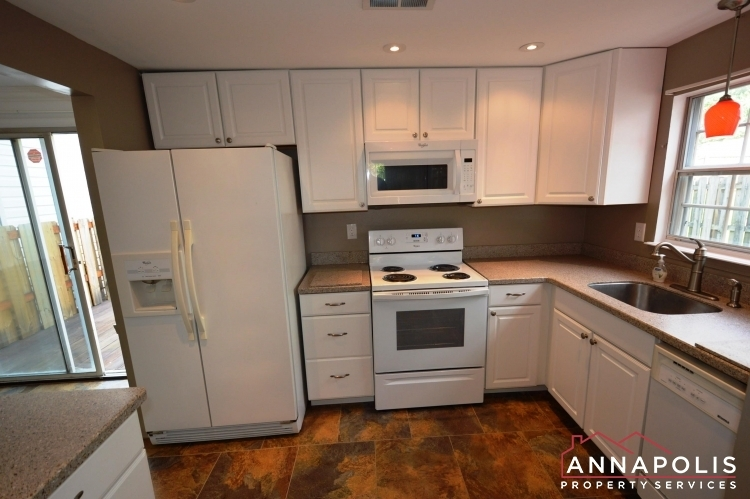 1581-star-pine-drive-id937-kitchen-a(2)