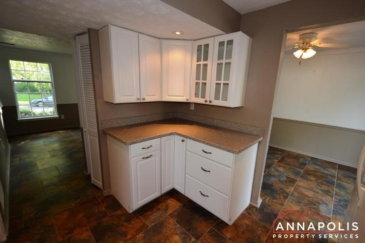 1581-star-pine-drive-id937-kitchen-c(2)