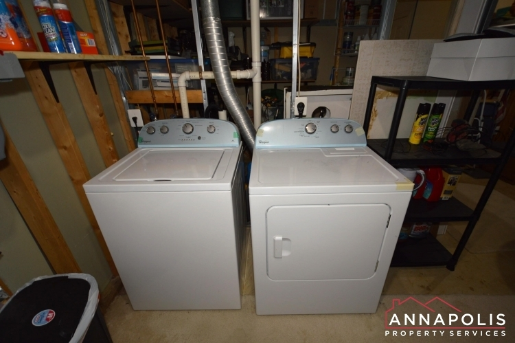 641-howards-loop--id939-washer-and-dryer(1)