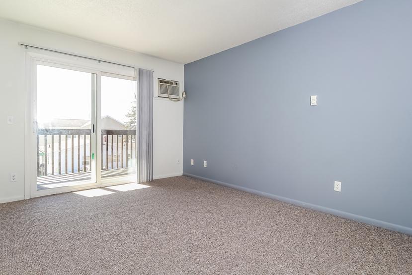 010 living room 1492226 mls