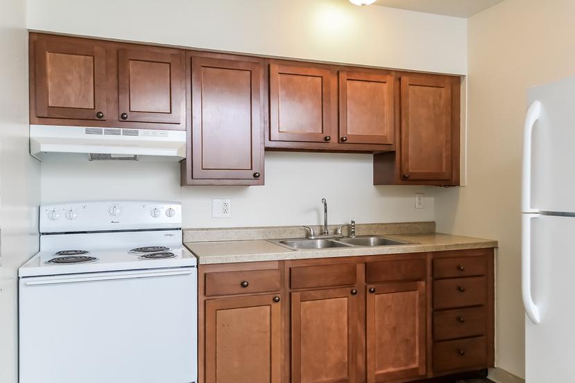 016 kitchen 1492232 mls