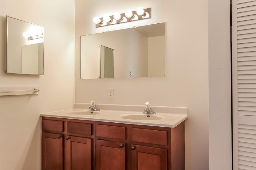 026 bathroom 1492227 mls