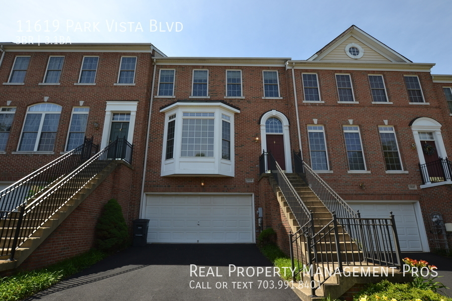 Townhouse for Rent in Fairfax