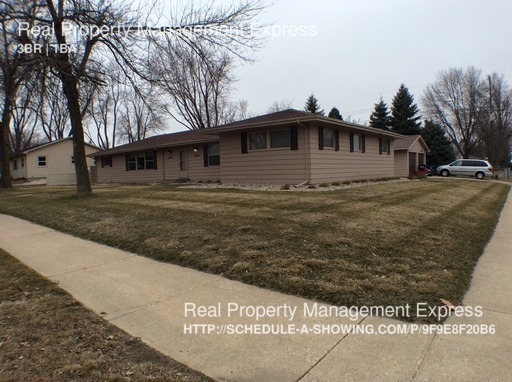 single-family home for Rent in Sioux Falls