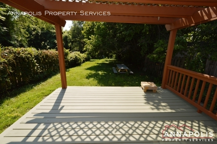 17 brewer ave id947 deck a%281%29