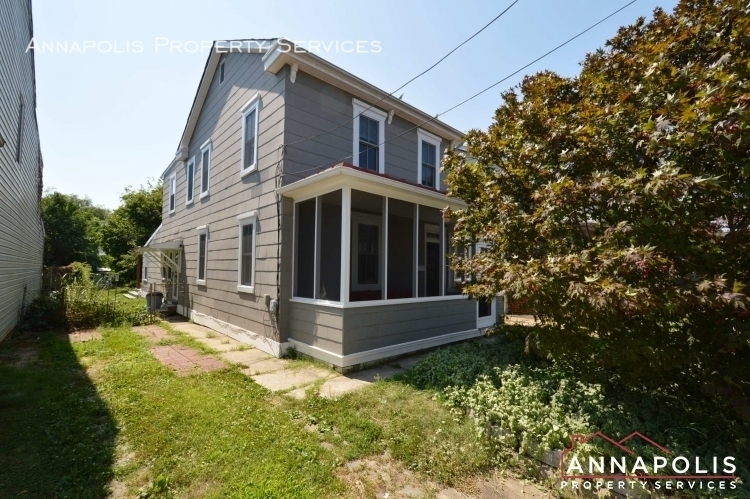 17 brewer ave id947 front b%283%29