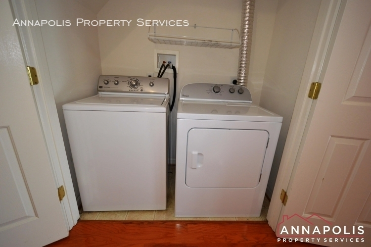 1016 meandering way id948 washer and dryer