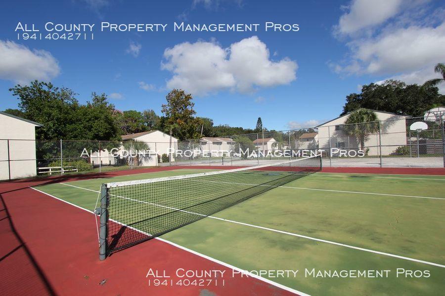 F1106_tennis_court