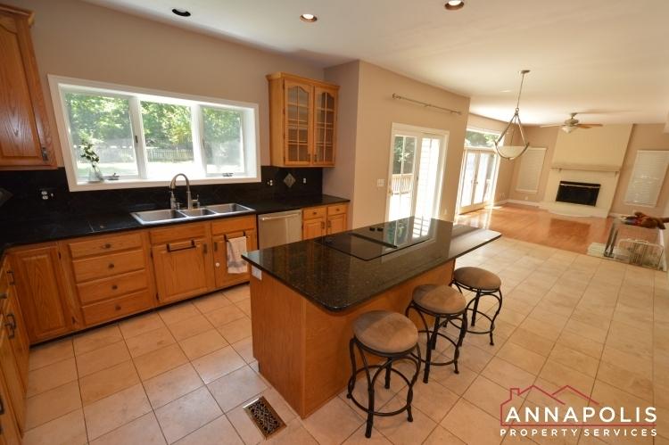 1216-thomas-point-court-id387-kitchen-ann
