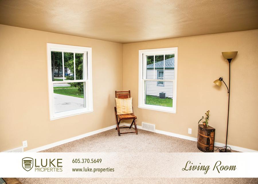 Luke properties 1104 s van eps sioux falls 57105 apartment for rent 03