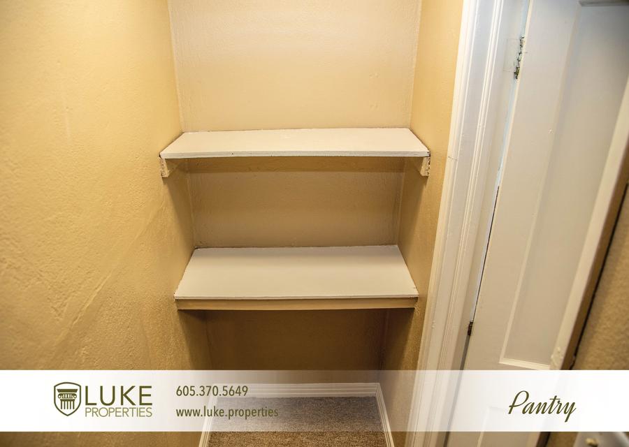 Luke properties 1104 s van eps sioux falls 57105 apartment for rent 012