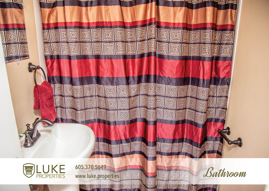 Luke properties 1104 s van eps sioux falls 57105 apartment for rent 011