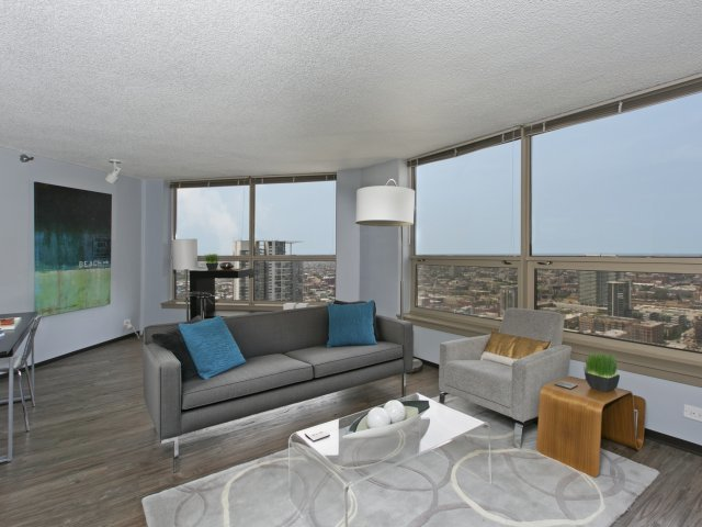 Presidential-towers-chicago-il-one-bedroom-apartment---corner-unit