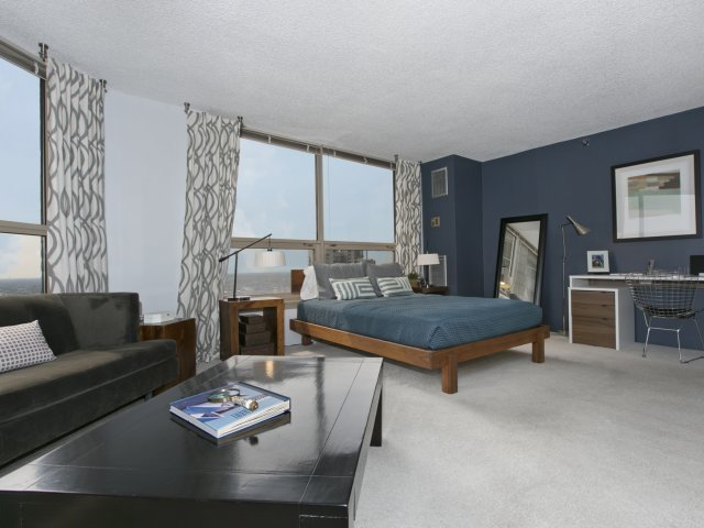 Presidential towers chicago il spacious studio and convertible apartmen